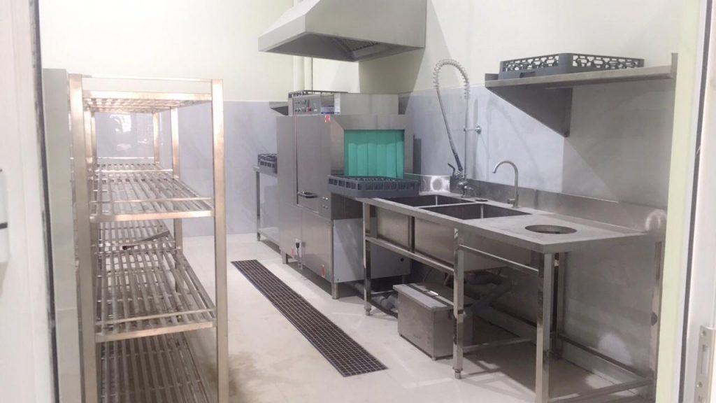 Những thiết bị bếp công nghiệp không thể thiếu trong quán ăn, nhà hàng